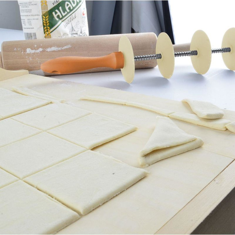 ORION Rolling pin for cutting cake / cutter wheel